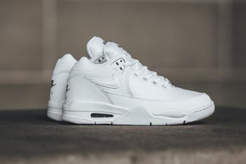 "#hypebeastkids Nike Air Flight Squad in ""White"""