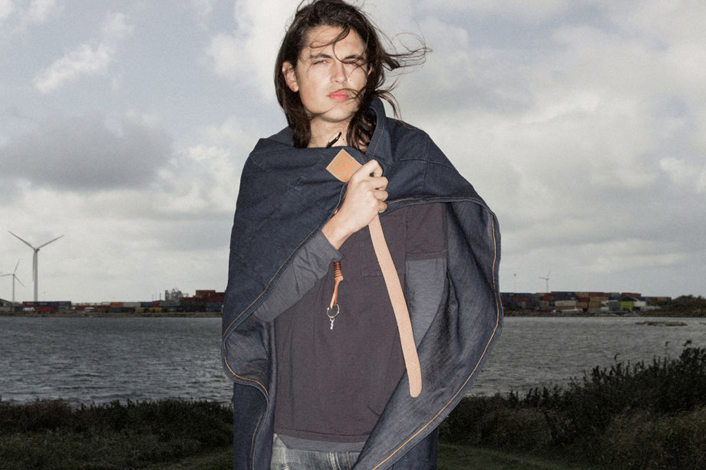 """Nudie Jeans """"Ture"""" Picnic Blanket Serves More Than One Purpose"""