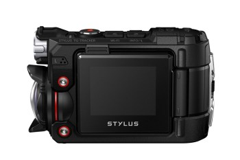 The Olympus Stylus Tough TG-Tracker Lives up to Its Name