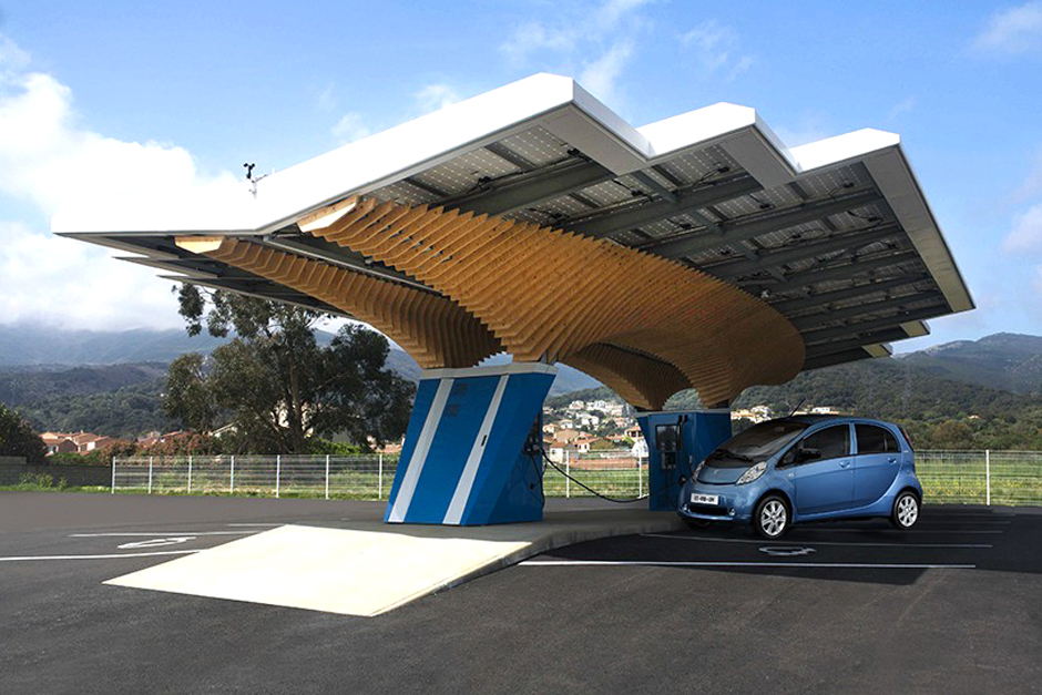 Peugeot Design Lab Unveils State of the Art Urban Charging Station
