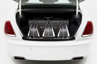 This Rolls-Royce Wraith Comes With a $46,000 USD Luggage Set