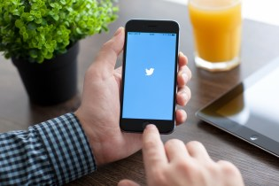 Twitter Will Soon Stop Counting Links & Images Toward a Tweet's 140-Character Limit