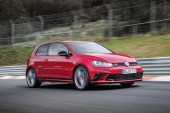 Volkswagen's New Golf GTI Clubsport S Just Set the Nürburgring Lap Record