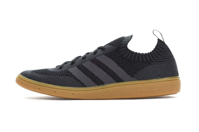 "The adidas Originals Very Spezial Primeknit Returns in ""Shadow Black"""