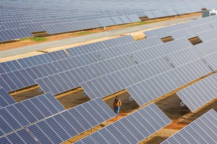 Apple Creates a New Company to Sell Solar Power