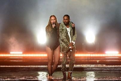 "Watch Beyoncé & Kendrick Lamar's Performance of ""Freedom"" at the BET Awards"