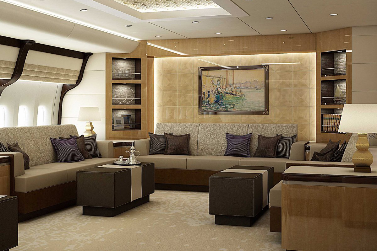 Boeing 747 vip private jet interior photos hypebeast for Boeing 747 8 interieur