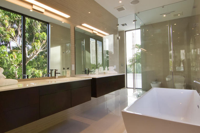 Koenigsegg Ccxr Trevita >> Floyd Mayweather Jr Buys Pricey Miami Beach Home | HYPEBEAST