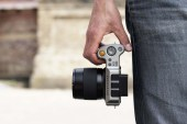 Hasselblad's New Mirrorless Camera Hides a Medium Format Sensor