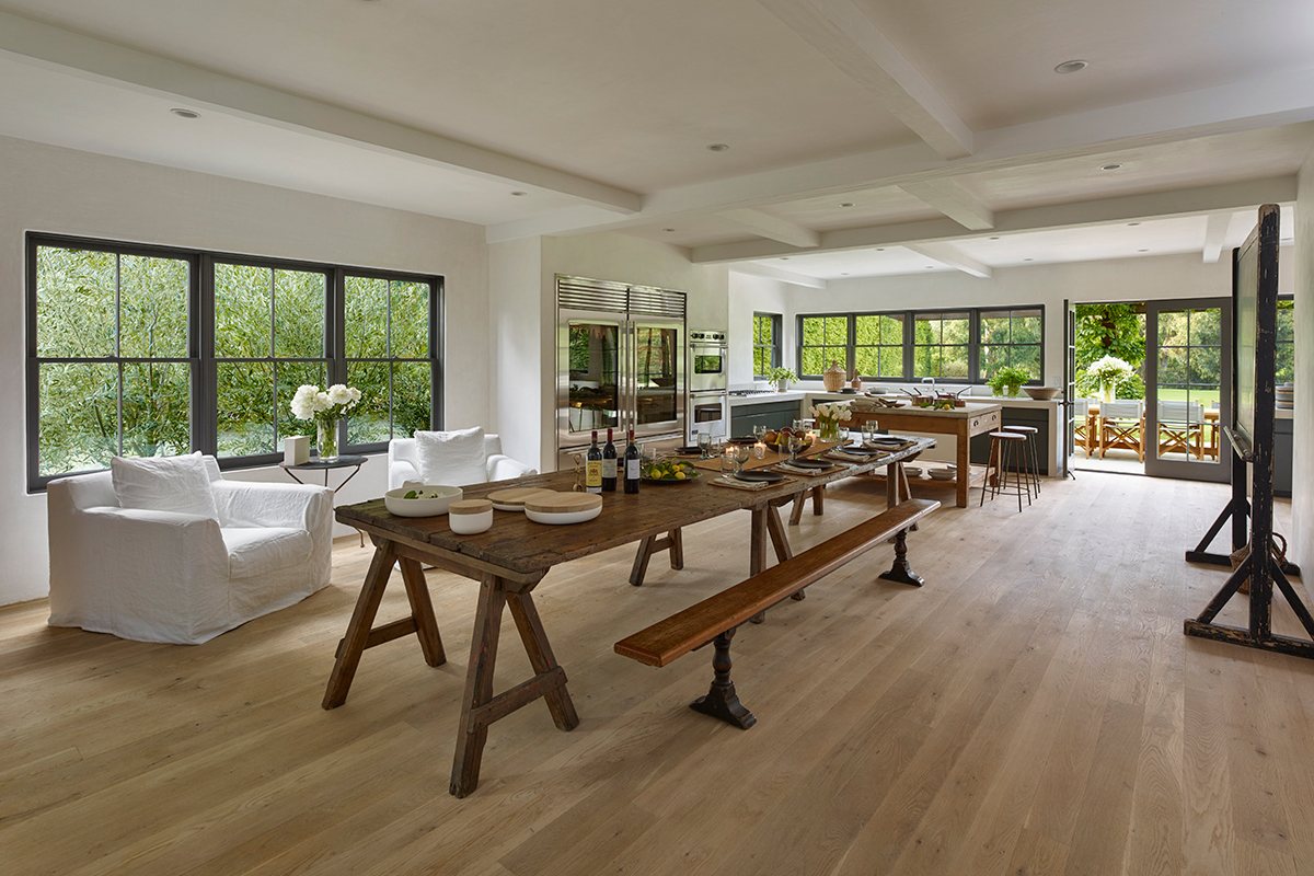 """James Perse's Malibu Residence Is the Most Stylish """"Farmhouse"""" on the Market"""