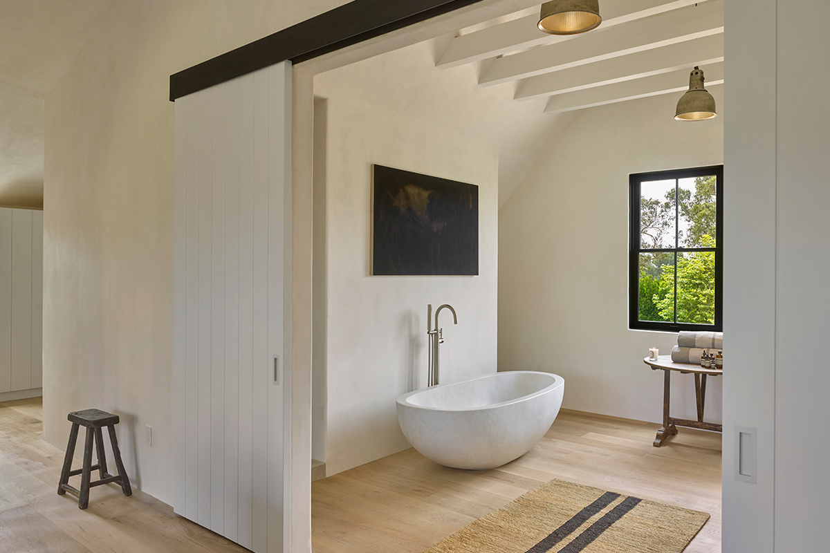 "James Perse's Malibu Residence Is the Most Stylish ""Farmhouse"" on the Market"
