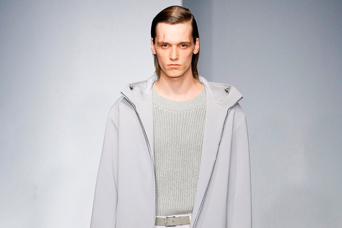 Jil Sander Showcases a Scintillating Patina for Men's 2017 Spring Collection
