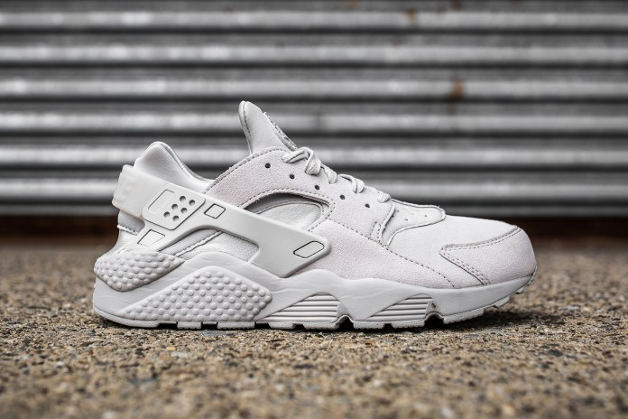 Nike Covers the Huarache in Premium Grey Suede