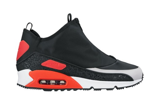 Nike Wraps the Air Max 90 in a Zip-up Shroud