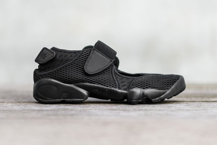 The Nike Air Rift Gets a Menacing Black Colorway