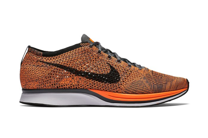 "Nike Flyknit Racer ""Total Orange"""