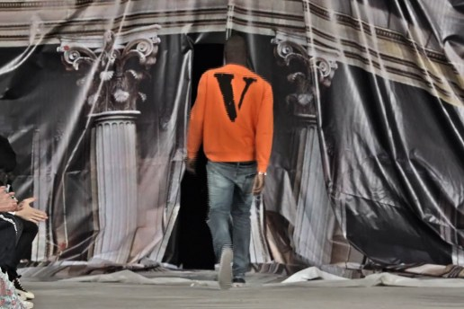 "Watch OFF-WHITE's 2017 Spring/Summer ""Mirror Mirror"" Runway Video"