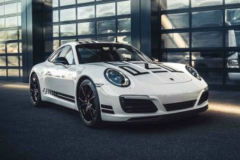 Porsche Unveils 911 Carrera S Endurance Racing Edition