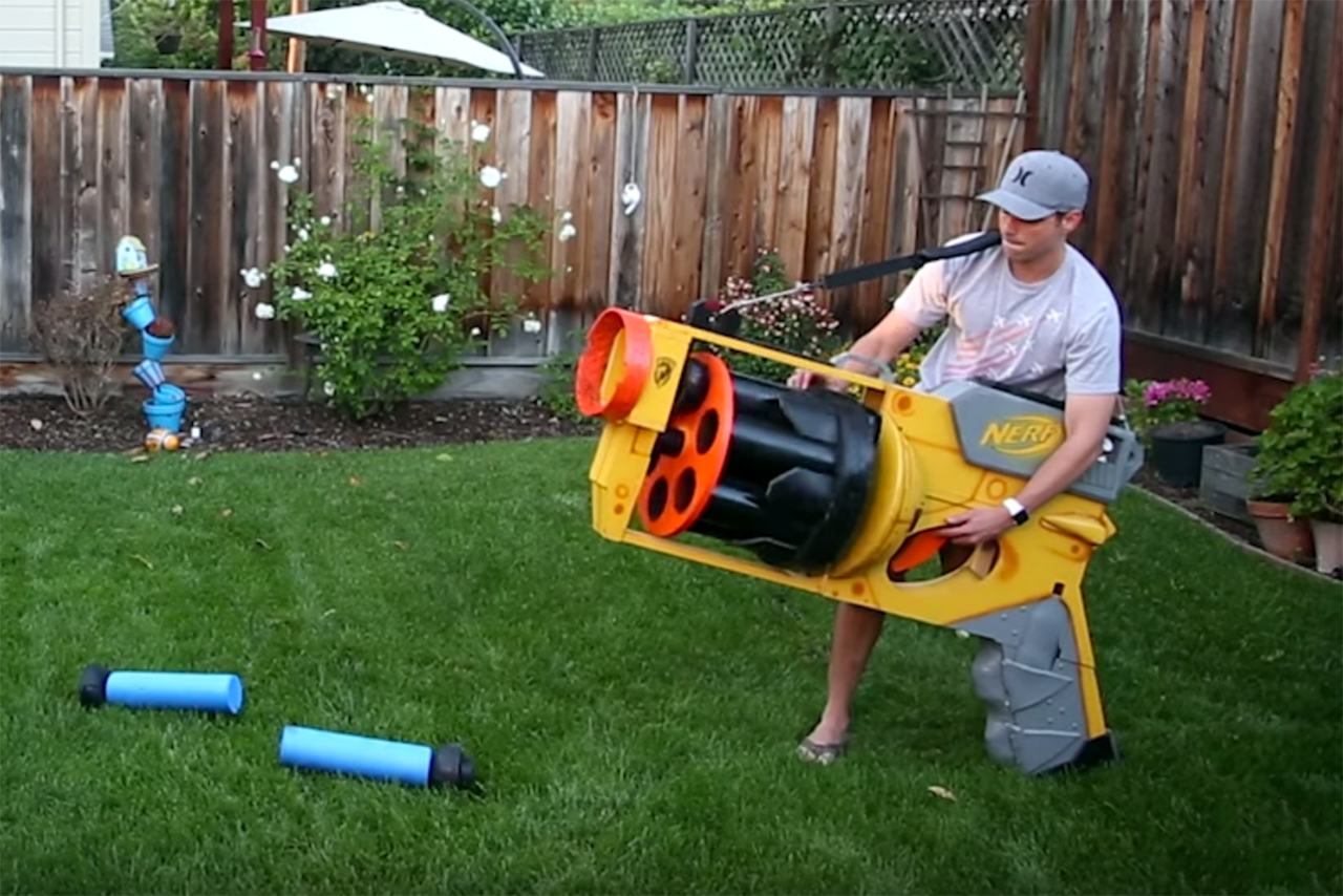 The World's Largest Nerf Gun Shoots Darts at 40 MPH