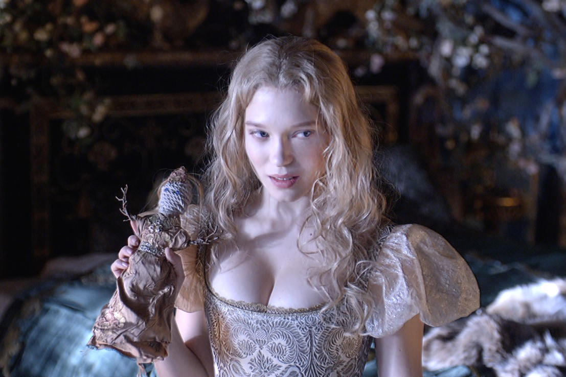 Léa Seydoux Stars in Haunting French Adaptation of 'Beauty and the Beast'