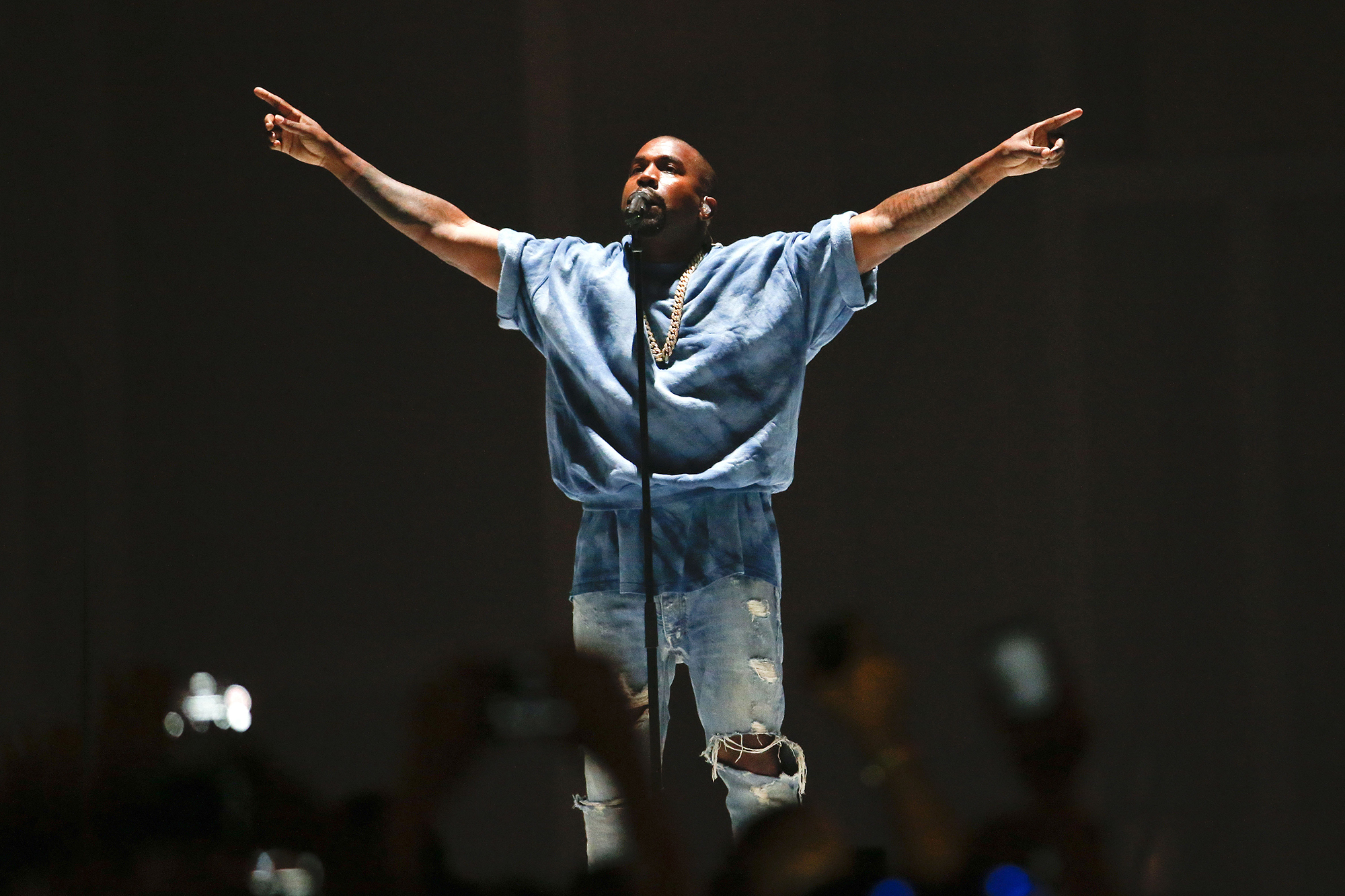 Buy Tickets to See Kanye West Perform Live at Upcoming Gala & Art Show in the Hamptons