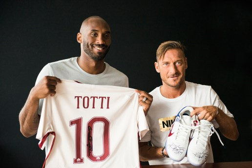 A Meeting of Number 10s: Kobe Bryant & Francesco Totti