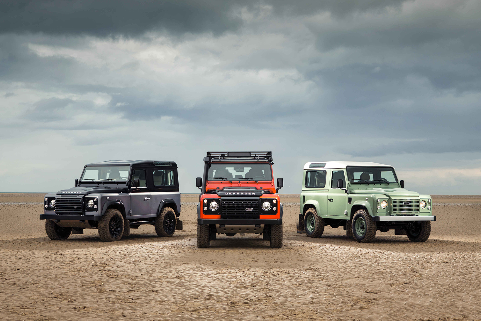 Billionaire Jim Ratcliffe Wants to Help Land Rover Revive the Defender