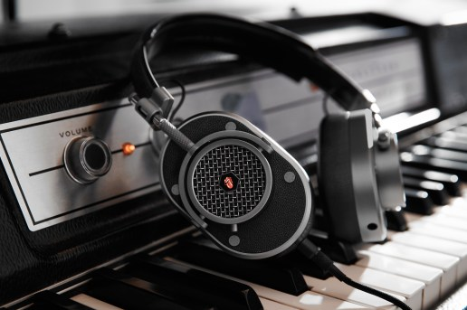 Master & Dynamic Teams up With Spotify to Create Custom Rolling Stones Headphones