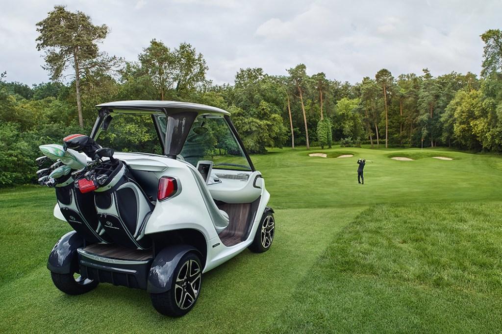 Mercedes benz golf cart hypebeast for Mercedes benz golf cart