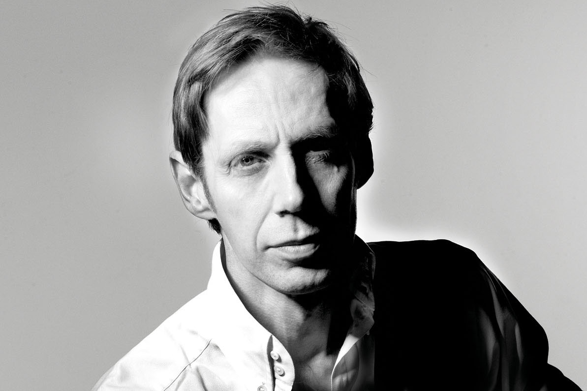Nick Knight Thinks Photography Is Dead