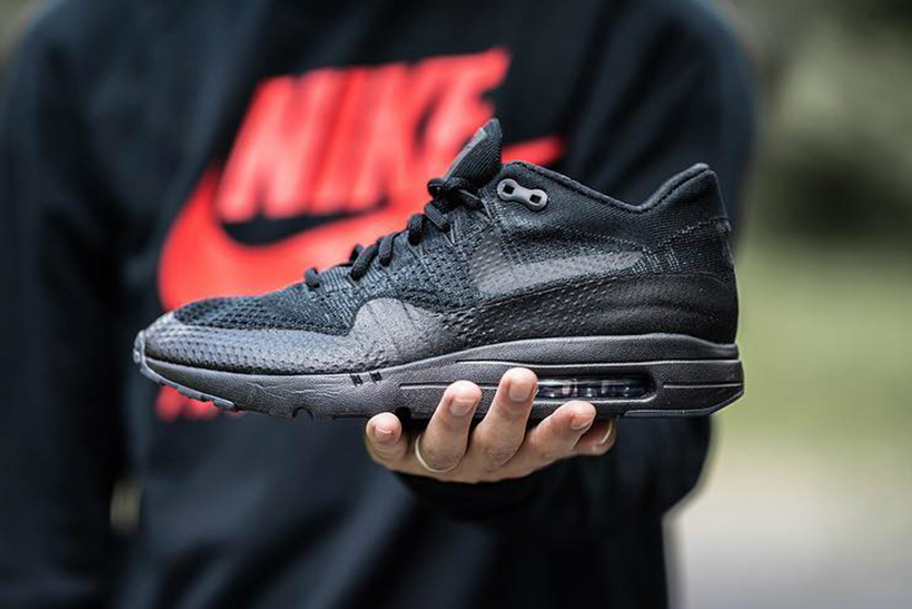 Air Max 1 Ultra Flyknit Black