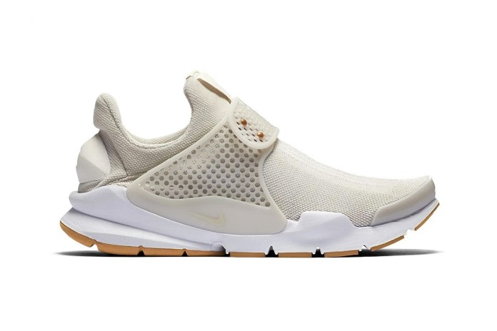 "Nike Gives the Sock Dart a Summer-Ready ""Light Bone"" Makeover"
