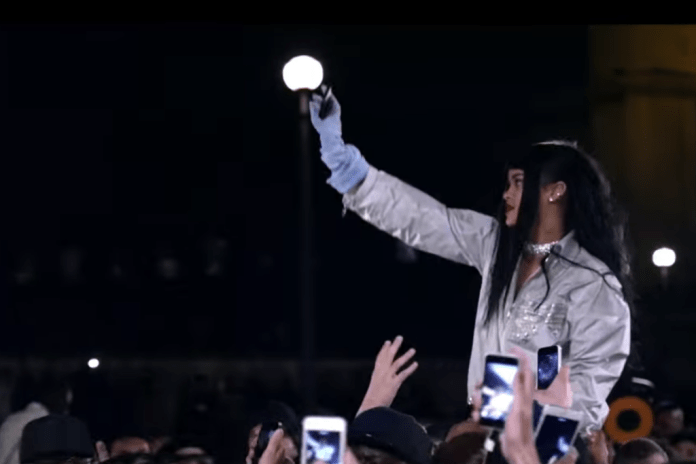 "Watch Rihanna's New Video ""Goodnight Gotham"""