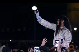 "Watch Rihanna's New Video ""Goodnight Gotham"""