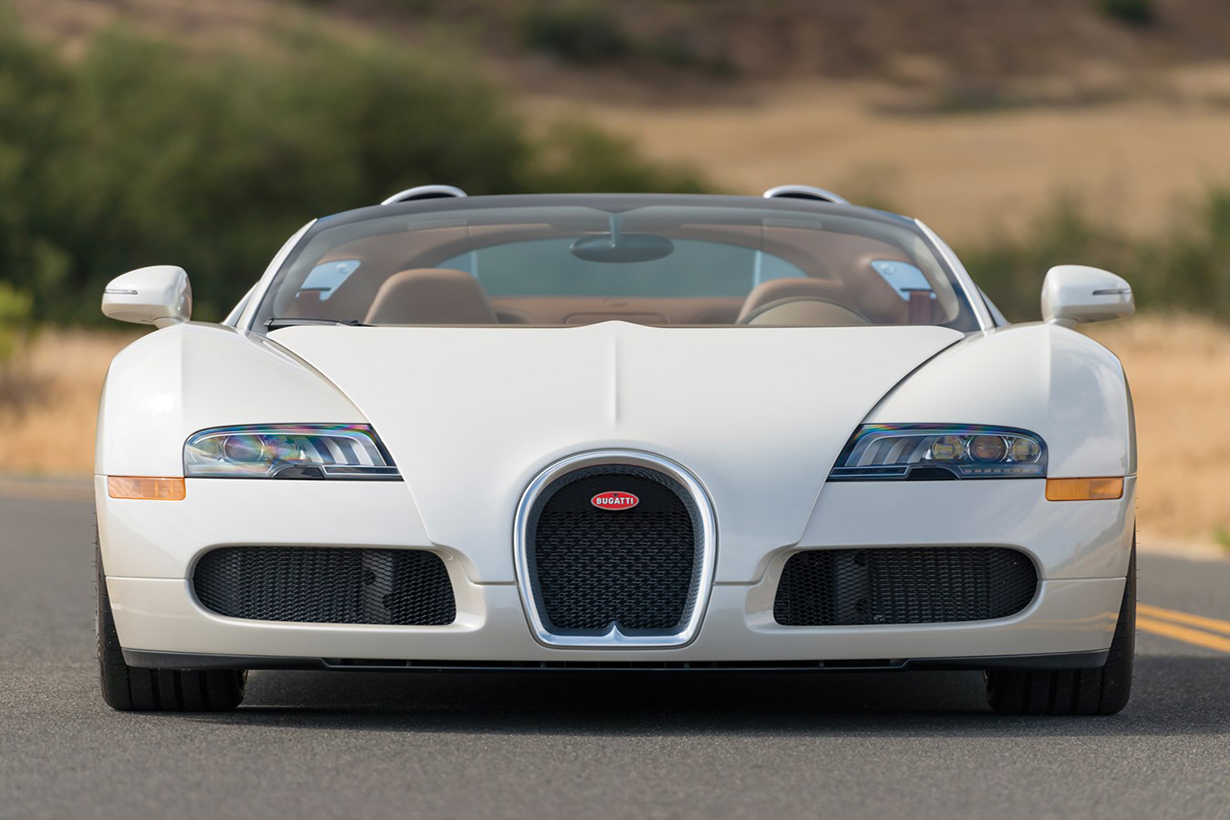 rm sotheby s is set to auction bugatti veyron grand sport hypebeast. Black Bedroom Furniture Sets. Home Design Ideas