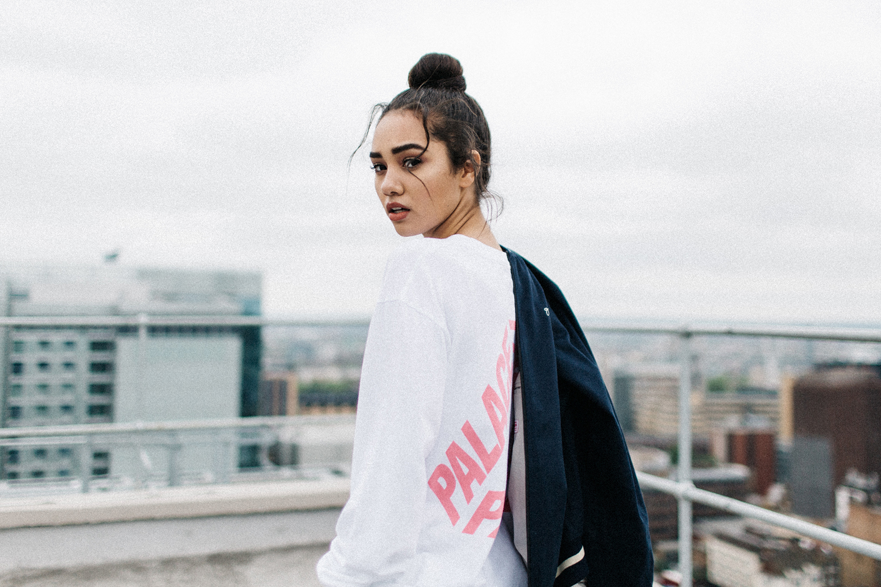 "Salim Adam & Vicky Grout Present a HYPEBAE Exclusive 2016 Summer ""LONDON"" Video Editorial"