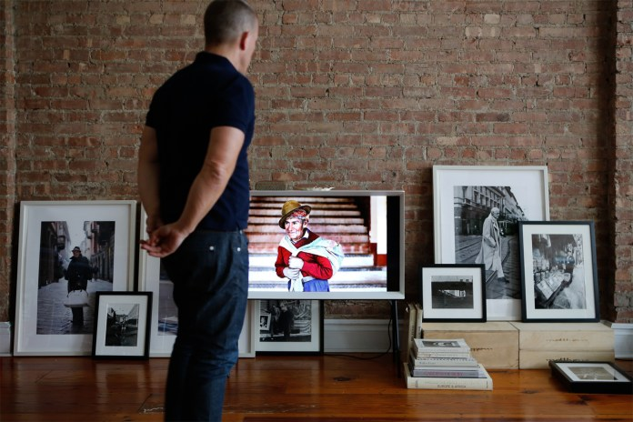 This Is How the Sartorialist Seamlessly Blends the New Samsung Serif TV Into His Living Space
