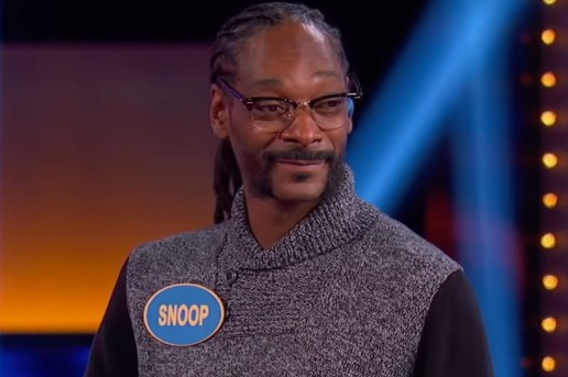 Snoop Dogg Slayed at 'Celebrity Family Feud'
