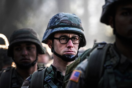 Watch the Comic-Con Trailer for 'Snowden' Starring Joseph Gordon-Levitt