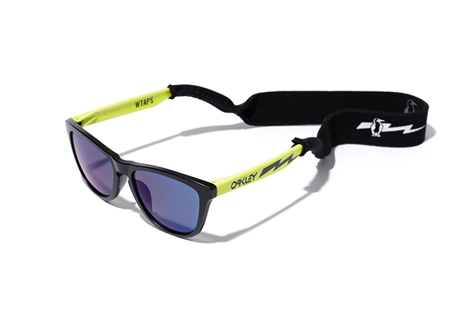 WTAPS and Oakley Bring It Back to 1985 With the Re-Release of the Frogskins Sunglasses