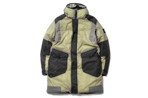 Stone Island's Multi Layer Ice Jacket Changes Color According to Temperature
