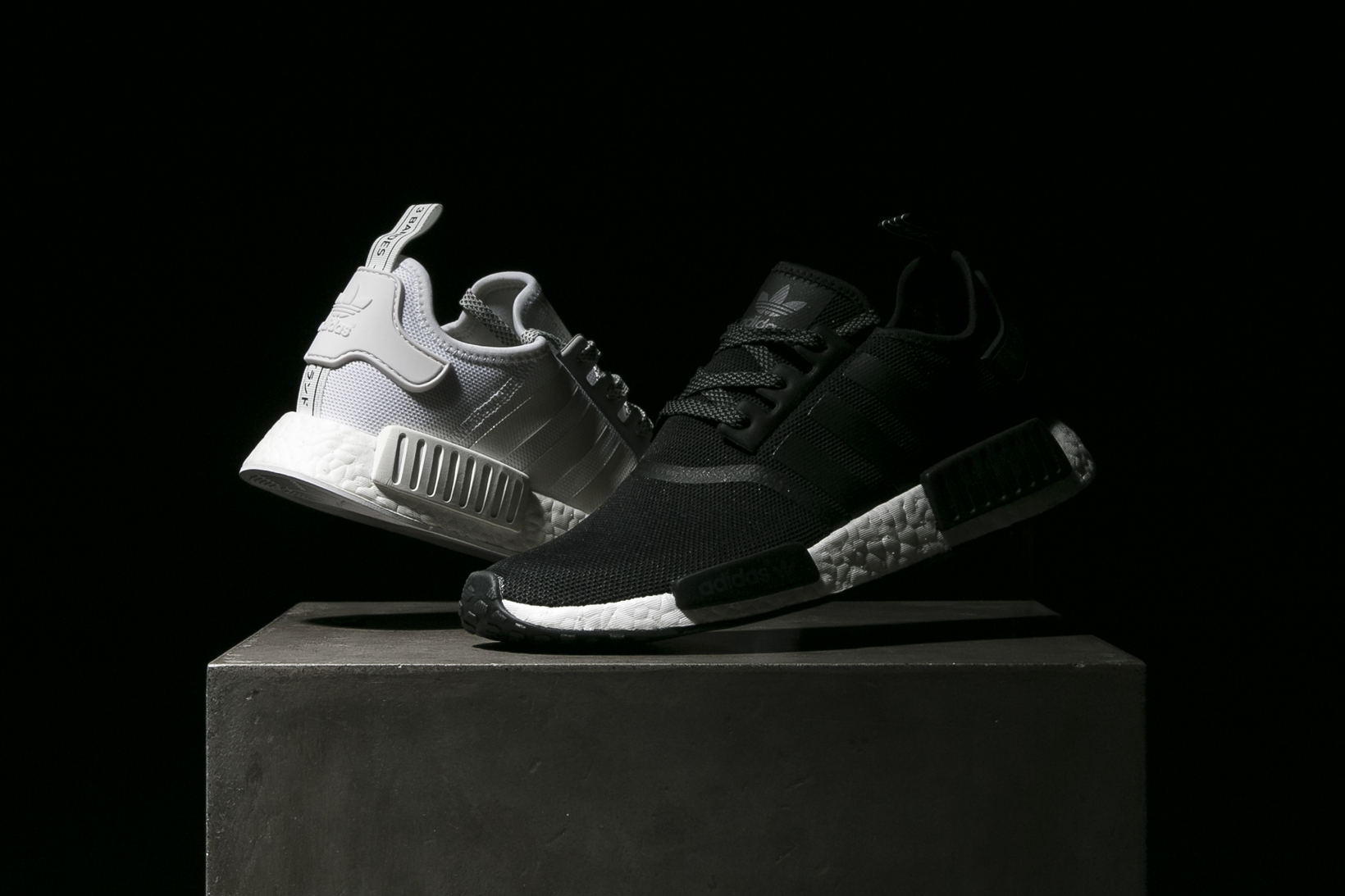 cgynam adidas Originals NMD R1 Reflective Black and White | HYPEBEAST