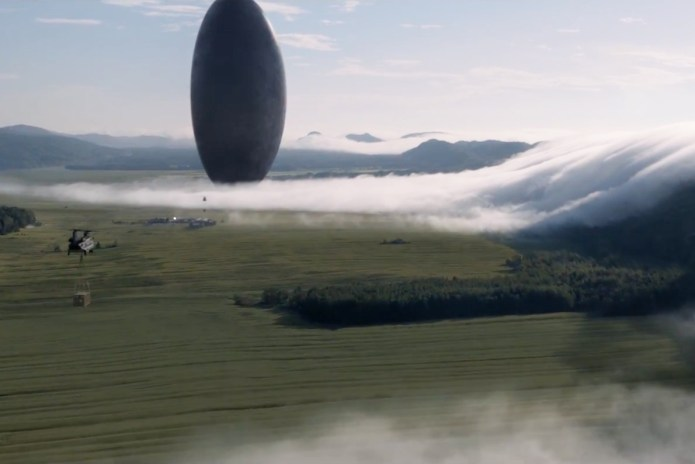 Amy Adams & Jeremy Renner Meet an Extraterrestrial Space Craft in Denis Villeneuve's 'Arrival'