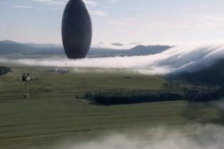 Amy Adams & Jeremy Renner Meet an Extraterrestrial Space Craft in Denis Villeneuve's 'Arrival'