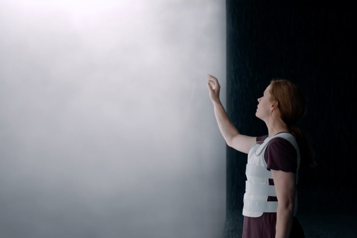 The First Full-Length Trailers for Denis Villeneuve's 'Arrival' Make Contact