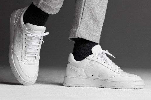 ETQ Amsterdam Surfaces Two Monochrome Alternatives for 2016 Fall/Winter