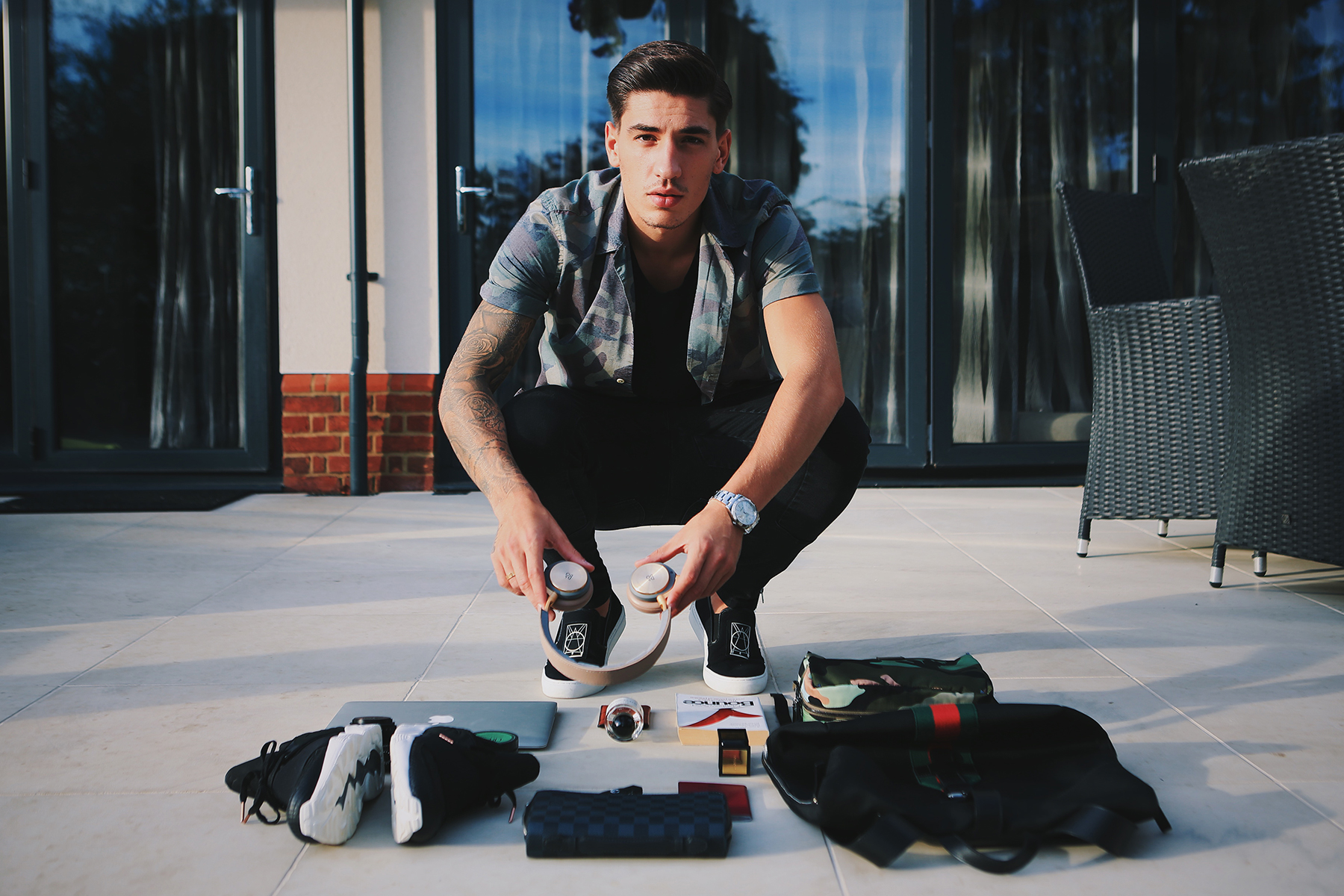 Héctor Bellerín Discusses Football Trends in Streetwear and His Necessities for the Road