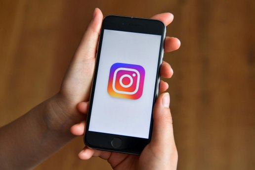 """Instagram Is Rolling out a """"Save Draft"""" Feature"""