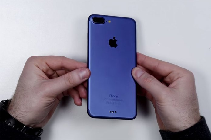 This iPhone 7 Blue Unboxing Video Answers a Ton of Rumors