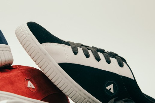 PUMA Introduces Two New Colorways For FENTY-Inspired Suede Platform. Which  pair will you cop  Jeff Staples Partners with Airwalk for Airwalk Classics 86b6844e5